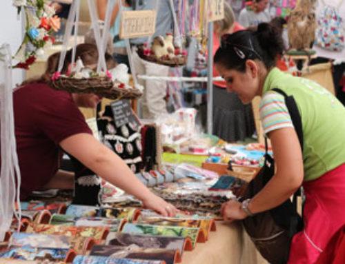 Aliaga resalta la potencia comercial e industrial de La Puebla de Alfindén